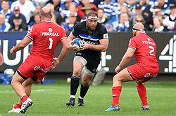Henry Thomas of Bath Rugby in possession - Mandatory byline: Patrick Khachfe/JMP - 07966 386802 - 13/10/2018 - RUGBY UNION - The Recreation Ground - Bath, England - Bath Rugby v Toulouse - Heineken Champions Cup