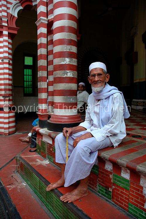 Mosque in 2nd Cross Street, Pettah, Colombo.