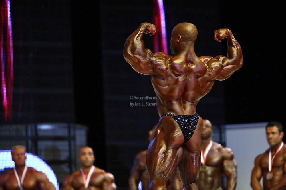 Phil Heath on stage at the finals for the 2009 Mr. Olympia competition in Las Vegas.