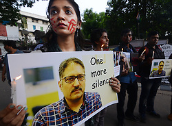June 15, 2018 - Kolkata, West Bengal, India - Journalists and photo journalists protested to condemned the assassination of senior journalist and editor of Rising Kashmir Sujaat Bukari  (Credit Image: © Sandip Saha/Pacific Press via ZUMA Wire)