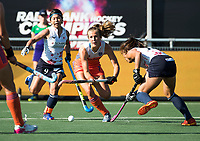 BREDA - Xan de Waard (Ned) met Akiko Kato (Jap)  en tijdens de finale  Nederland-Japan (8-2) van de 4 Nations Trophy dames 2018 . COPYRIGHT KOEN SUYK
