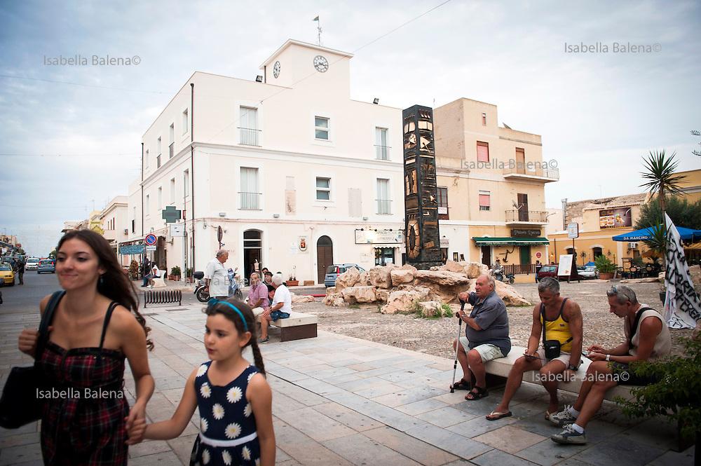 Lampedusa, Sicilia, ott 2013. Lampedusa Island, Sicily, Italy, oct 2013. Il Municipio. municipality.
