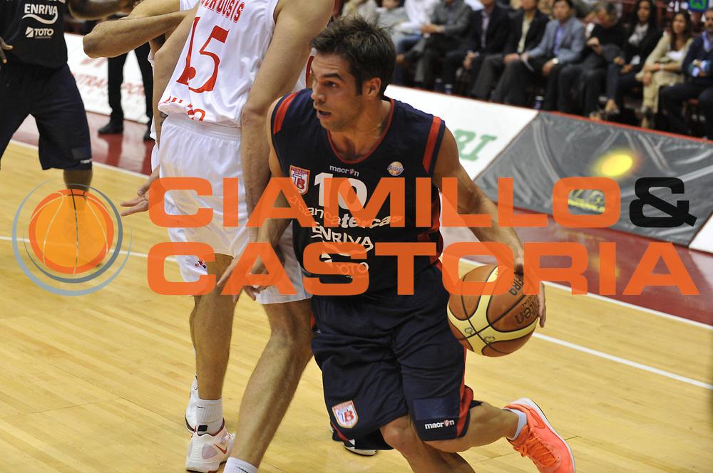 DESCRIZIONE : Milano Lega A 2011-12 EA7 Emporio Armani Milano Bancatercas Teramo <br /> GIOCATORE : bruno cerella<br /> CATEGORIA :  palleggio<br /> SQUADRA : EA7 Emporio Armani Milano Bancatercas Teramo <br /> EVENTO : Campionato Lega A 2011-2012<br /> GARA : EA7 Emporio Armani Milano Bancatercas Teramo<br /> DATA : 29/04/2012<br /> SPORT : Pallacanestro<br /> AUTORE : Agenzia Ciamillo-Castoria/M.Gregolin<br /> Galleria : Lega Basket A 2011-2012<br /> Fotonotizia :  Milano Lega A 2011-12 EA7 Emporio Armani Milano Bancatercas Teramo <br /> Predefinita :
