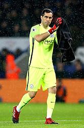 Claudio Bravo of Manchester City - Mandatory by-line: Robbie Stephenson/JMP - 10/12/2016 - FOOTBALL - King Power Stadium - Leicester, England - Leicester City v Manchester City - Premier League