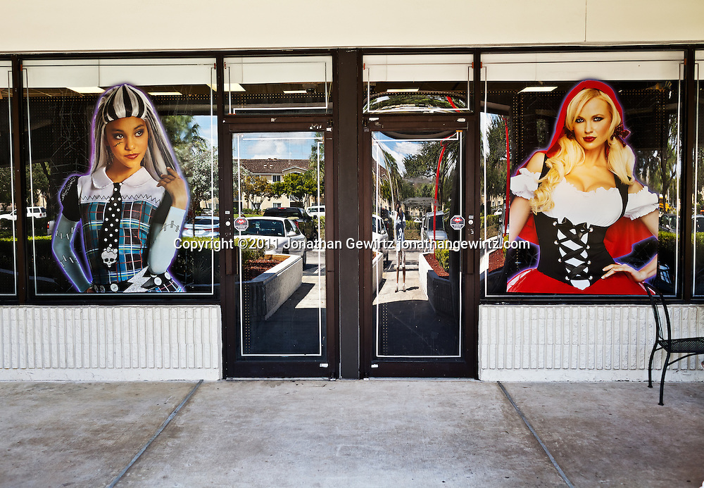 Storefront Halloween display. WATERMARKS WILL NOT APPEAR ON PRINTS OR LICENSED IMAGES.