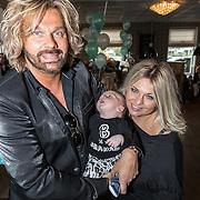 NLD/Wateringen/20161105 - Babyfeest zoon Bobbi Eden en partner Mark Laurenz, en baby Brandon