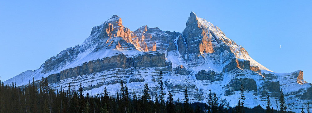 Mount Murchison, Icefields parkway, Banff National Park, Alberta