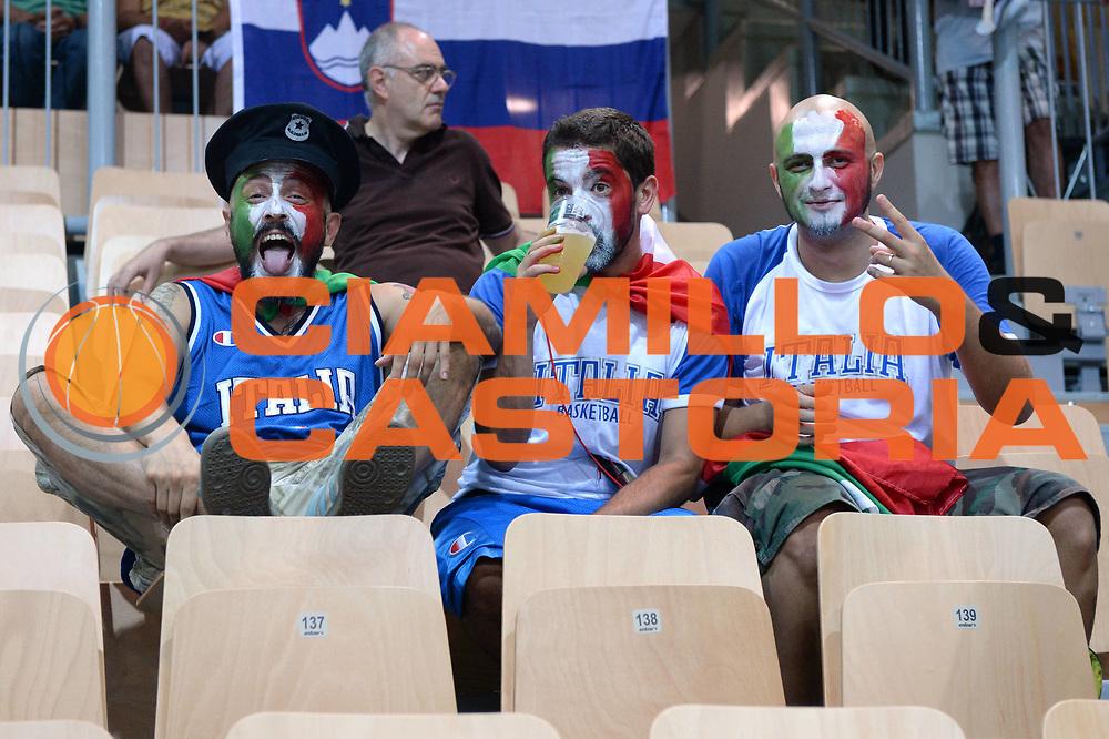 DESCRIZIONE : Capodistria Koper Slovenia Eurobasket Men 2013 Preliminary Round Russia Italia Russia Italy<br /> GIOCATORE : Tifosi<br /> CATEGORIA : Tifosi<br /> SQUADRA : Italia<br /> EVENTO : Eurobasket Men 2013<br /> GARA : Russia Italia Russia Italy<br /> DATA : 04/09/2013 <br /> SPORT : Pallacanestro&nbsp;<br /> AUTORE : Agenzia Ciamillo-Castoria/Max.Ceretti<br /> Galleria : Eurobasket Men 2013 <br /> Fotonotizia : Capodistria Koper Slovenia Eurobasket Men 2013 Preliminary Round Russia Italia Russia Italy<br /> Predefinita :