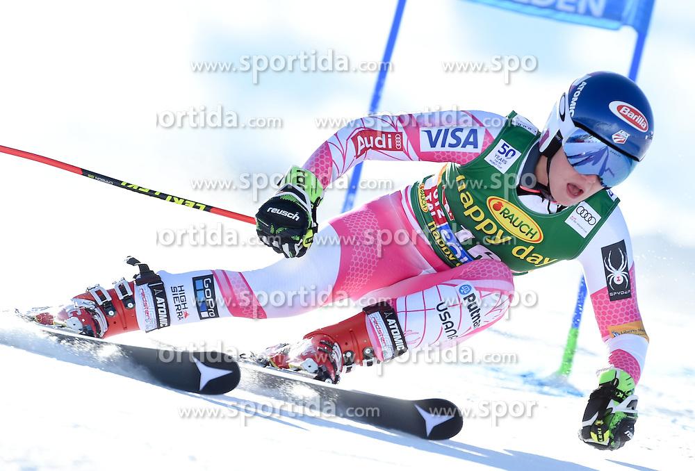 22.10.2016, Rettenbachferner, Soelden, AUT, FIS Weltcup Ski Alpin, Soelden, Riesenslalom, Damen, 1. Durchgang, im Bild Mikaela Shiffrin of the USA // in action during 1st run of ladies Giant Slalom of the FIS Ski Alpine Worldcup opening at the Rettenbachferner in Soelden, Austria on 2016/10/22. EXPA Pictures © 2016, PhotoCredit: EXPA/ Erich Spiess
