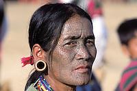 Myanmar (ex Birmanie), Province de Chin, Village d'ethnie Chin // Myanmar (Burma), Chin province, Chin ethnic group in the village