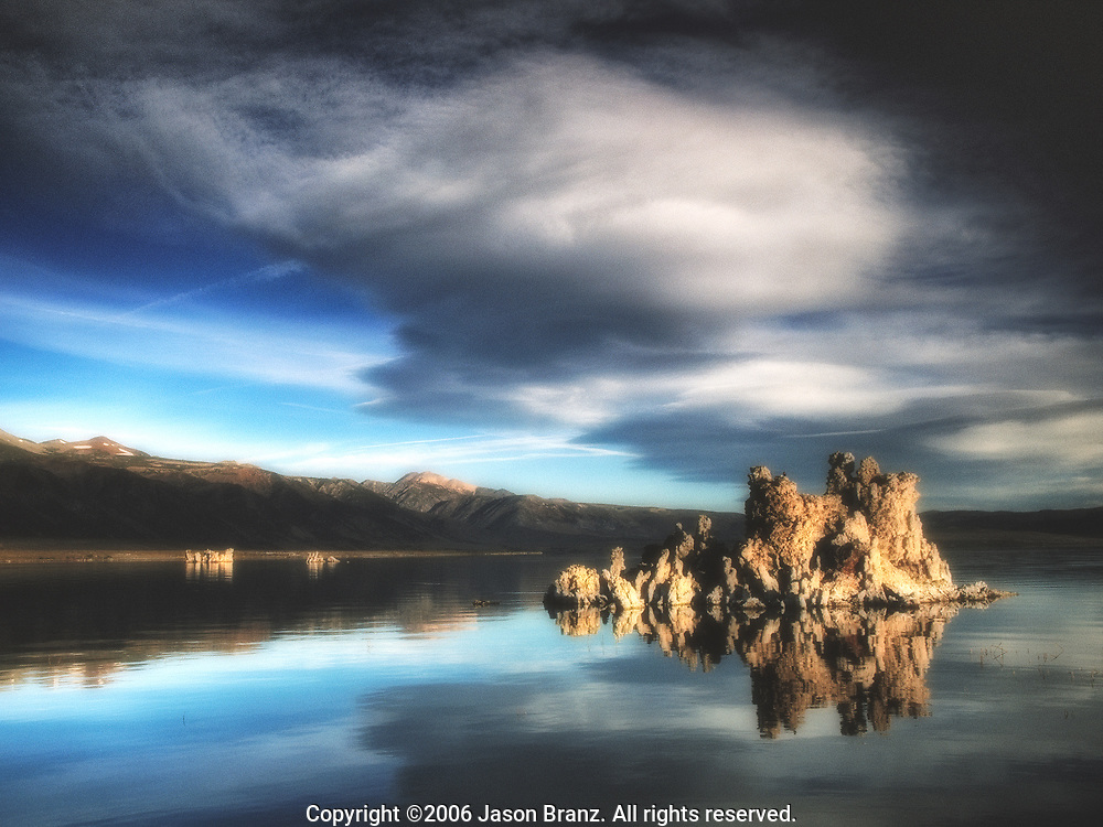 Sierra Wave cloud over Mono Lake at dawn, Mono Lake, California.