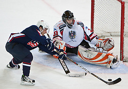 27.04.2011, TWK Arena, Innsbruck, AUT, IIHF WM 2011, Testspiel, Österreich vs USA, im Bild Andy Miele (USA, #21, Phoenix Coyotes, NHL) vs Fabian Weinhandl (AUT, #31, Moser Medical Graz 99ers) during friendly ice hockey match between Austria and USA, in preparation of IIHF world Championship 2011 at TWK Arena in Innsbruck Austria on 27/4/2011. EXPA Pictures © 2011, PhotoCredit: EXPA/ J. Groder