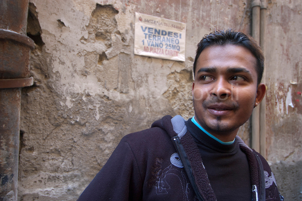 "People of Sri Lanka in the historic center of Naples, these ""new Italians"" reside primarily in the ancient heart of the city."