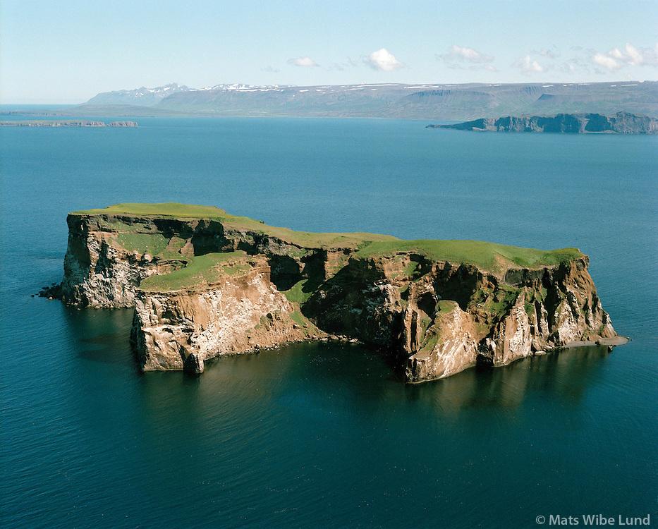 Drangey,  Skarðshreppur, Skagafjörður, Loftmynd...Drangey island on Skagafjordur. Skardshreppur, Aerial