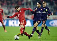 v.l. Javier ''Javi'' Martinez (Bayern), Mikel Arteta<br /> Fussball, Champions League, Achtelfinale Rueckspiel, FC Bayern München - Arsenal <br /> <br /> Norwayonly