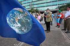 22apr14-Earth Day Demo