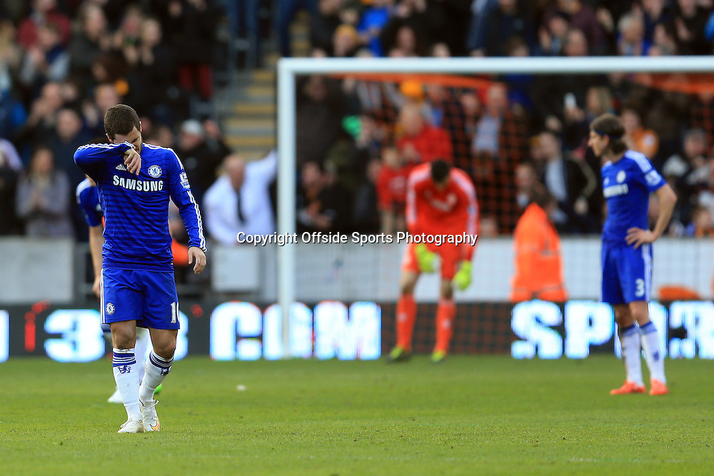 22 March 2015 - Barclays Premier League - Hull City v Chelsea - Chelsea players react to Hull levelling the score at 2-2 - Photo: Marc Atkins / Offside.