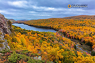 Lake of the Clouds in autumn in Porcupine Mountains Wilderness State Park in the Upper Peninsula of Michigan, USA