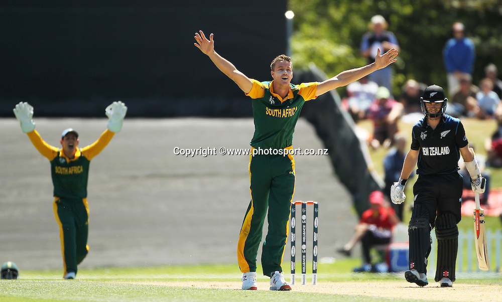 Morne Morkel of South Africa appeals unsuccessfully during the ICC Cricket World Cup warm up game between New Zealand v South Africa at Hagley Oval, Christchurch. 11 February 2015 Photo: Joseph Johnson / www.photosport.co.nz