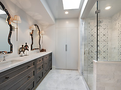 2738 Woodley place Master bathroom