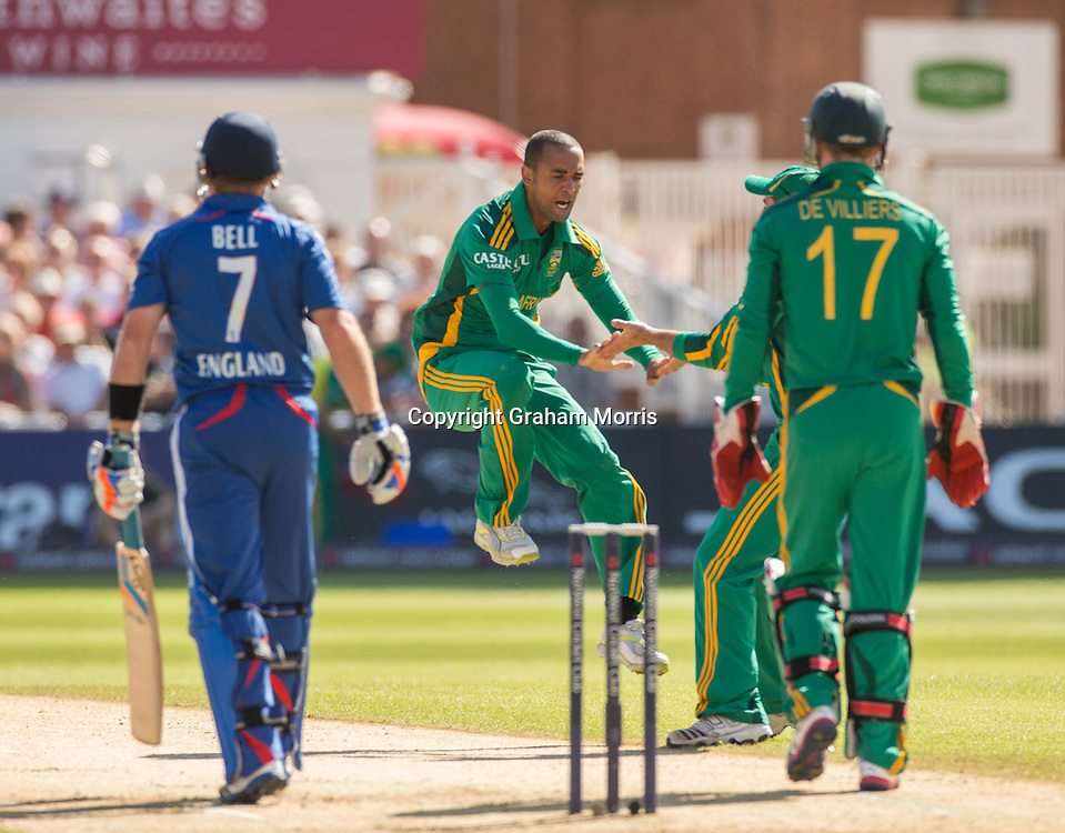 Robin Petersen celebrates the wicket of Ian Bell during the fifth and final NatWest Series one day international between England and South Africa at Trent Bridge, Nottingham. Photo: Graham Morris (Tel: +44(0)20 8969 4192 Email: sales@cricketpix.com) 05/09/12