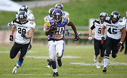 20.06.2015, Hohe Warte, Wien, AUT, AFL, AFC Vikings Vienna vs Prag Panthers, im Bild Islaam Amadu (AFC Vienna Vikings, RB, #20) // during the Austrian Football League game between AFC Vikings Vienna and Prague Panthers at the Hohe Warte, Wien, Austria on 2015/06/20. EXPA Pictures © 2015, PhotoCredit: EXPA/ Thomas Haumer