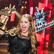 NLD/Hilversum//20170218 - Finale The Voice of Holland 2017, winnares Pleun Bierbooms