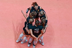 10–01-2020 NED: Olympic qualification tournament women Turkey - Belgium, Apeldoorn<br /> Last poule match Turkey and Belgium for qualifying semi finals win by Turkey 3-2 / Team Belgium celebrate
