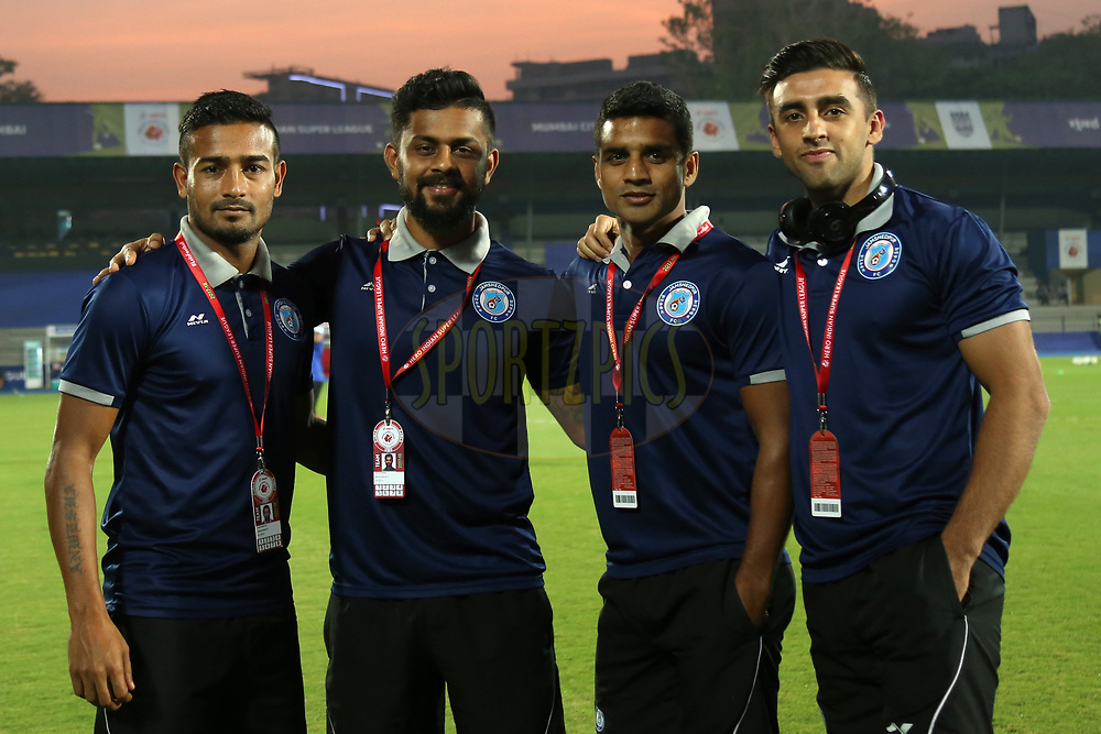 Jamshedpur FC  players arrive before the match 61 of the Hero Indian Super League between Mumbai City FC and Jamshedpur FC held at the Mumbai Football Arena, Mumbai India on the 1st Feb  2018<br /> <br /> Photo by: Faheem Hussain / ISL / SPORTZPICS