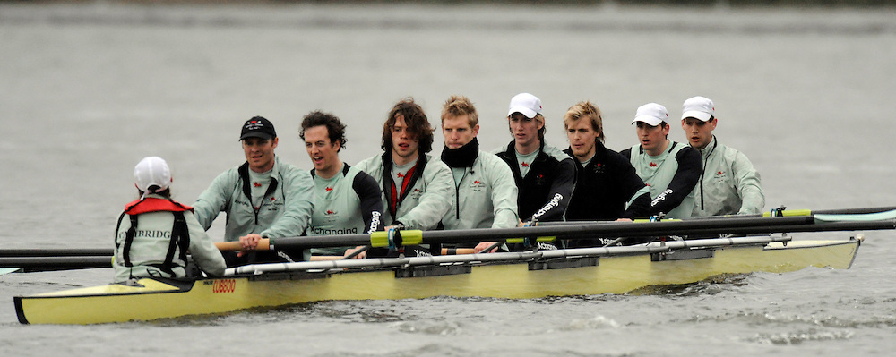 Putney, GREAT BRITAIN, Cambridge Eight returning to Putney, after  suffer damaged rigger [No.2] CUBC.  Hammersmith Reach, training race between Cambridge University and Canadian National Crew on. Fri. 22 Feb 2008.  Varsity Boat Race 2008. [Mandatory Credit, Peter Spurrier/Intersport-images] Varsity Boat Race, Rowing Course: River Thames, Championship course, Putney to Mortlake 4.25 Miles,