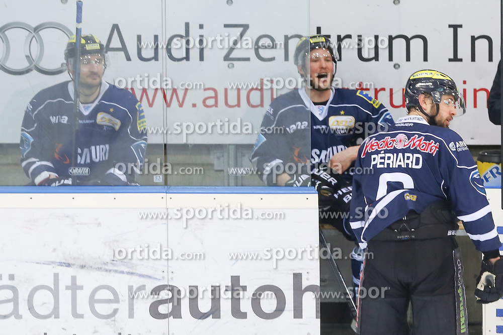 12.04.2015, Saturn Arena, Ingolstadt, GER, DEL, ERC Ingolstadt vs Adler Mannheim, Playoff, Finale, 2. Spiel, im Bild Drei Mann gleichzeitig auf der Bank: Jeffrey Szwez (Nr, ERC Ingolstadt), Patrick Hager (Nr.52, ERC Ingolstadt) und Michel Periard (Nr.6, ERC Ingolstadt) // during Germans DEL Icehockey League 2nd final match between ERC Ingolstadt and Adler Mannheim at the Saturn Arena in Ingolstadt, Germany on 2015/04/12. EXPA Pictures &copy; 2015, PhotoCredit: EXPA/ Eibner-Pressefoto/ Strisch<br /> <br /> *****ATTENTION - OUT of GER*****
