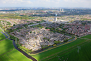 Nederland, Zuid-Holland, Rotterdam, 09-05-2013; Spijkenisse. Einde van de stad, de wijk Vogelenzang grenzend aan het platteland van het eiland Putten.<br /> Edge of the urban area,  beginning country side, Rotterdam region. <br /> luchtfoto (toeslag op standard tarieven)<br /> aerial photo (additional fee required)<br /> copyright foto/photo Siebe Swart