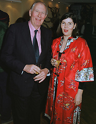 MRS WILLIAM BANNISTER-PARKER and her father legendary athlete SIR ROGER BANNISTER, at a dinner in London on 10th March 1999.MPG 3