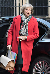 Downing Street, London, January 19th 2016. Home Secretary Theresa May arrives at the weekly cabinet meeting. ///FOR LICENCING CONTACT: paul@pauldaveycreative.co.uk TEL:+44 (0) 7966 016 296 or +44 (0) 20 8969 6875. ©2015 Paul R Davey. All rights reserved.