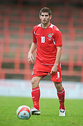 WREXHAM, WALES - Saturday, October 10, 2009: Wales' Ched Evans during the UEFA Under-21 Championship Qualifying Round Group 3 match against Bosnia-Herzegovina at the Racecourse Ground. (Pic by Chris Brunskill/Propaganda)