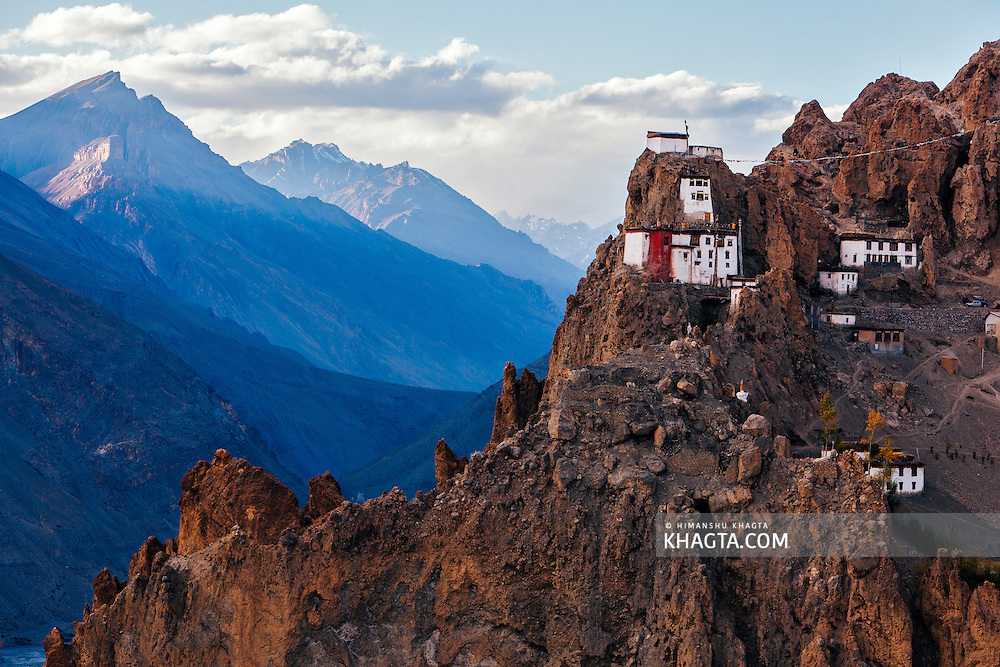 Dhangkar Gompa (also known as Dhangkhar, Dhankar) is an old buddhist monastery on top of a fragile mountain cliff at 3900m in the Spiti valley of Himachal Pradesh.