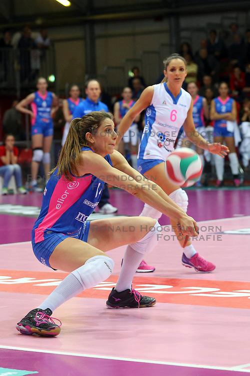 24-04-2016 ITA: Nordmeccanica Piacenza - Foppapedretti Bergamo, Piacenza<br /> Piacenza wint de laatste wedstrijd in the best of three serie met 3-1 en plaatst zich voor de finale / Floortje Meijners<br /> <br /> ***NETHERLANDS ONLY***
