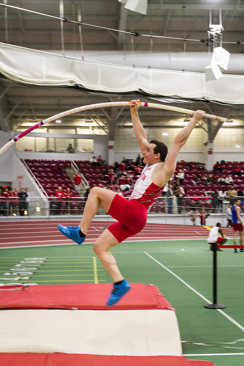 Boston University Multi-team indoor track & field, men pole vault, BU, Nikolaos Farmakidis,