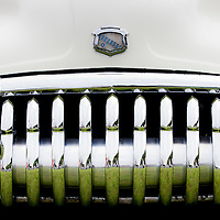 Classic and Vintage cars - Marques and logos and details