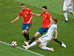 MOSCOW, RUSSIA - Sunday, July 1, 2018: Spain's Rodrigo Moreno Machado and Sergio Busquets during the FIFA World Cup Russia 2018 Round of 16 match between Spain and Russia at the Luzhniki Stadium. (Pic by David Rawcliffe/Propaganda)