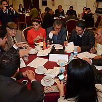 Toluca, México.- Mesas de Trabajo durante el Foro de Consulta Sobre Mecanismos de Fomento a las Organizaciones de la Sociedad Civil del Estado de México. Agencia MVT / José Hernández