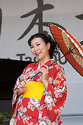 Every Year in June, almost a million people celebrates Japan Day in Düsseldorf, together with the city's Japanese expatriat community which is the biggest in Germany. Traditional Japanese music by Ensemble OTONE (Berlin). Singer Ristsuko (soprano).