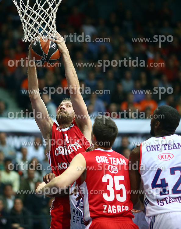 03.12.2015, KC Drazen Petrovic, Zagreb, CRO, FIBA, EL, KK Cedevita vs Anadolu Efes Istanbul, Gruppe B, 8. Runde, im Bild Luka Zoric // during the group B, 8th round match of the Turkish Airlines Basketball Euroleague between KK Cedevita and Anadolu Efes Istanbul at the KC Drazen Petrovic in Zagreb, Croatia on 2015/12/03. EXPA Pictures &copy; 2015, PhotoCredit: EXPA/ Pixsell/ Slavko Midzor<br /> <br /> *****ATTENTION - for AUT, SLO, SUI, SWE, ITA, FRA only*****