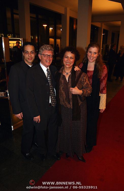 Premiere Nonsens, Joop Stokkermans, vrouw Dallea Balfour van Burleigh, kinderen Wendy en Stanley