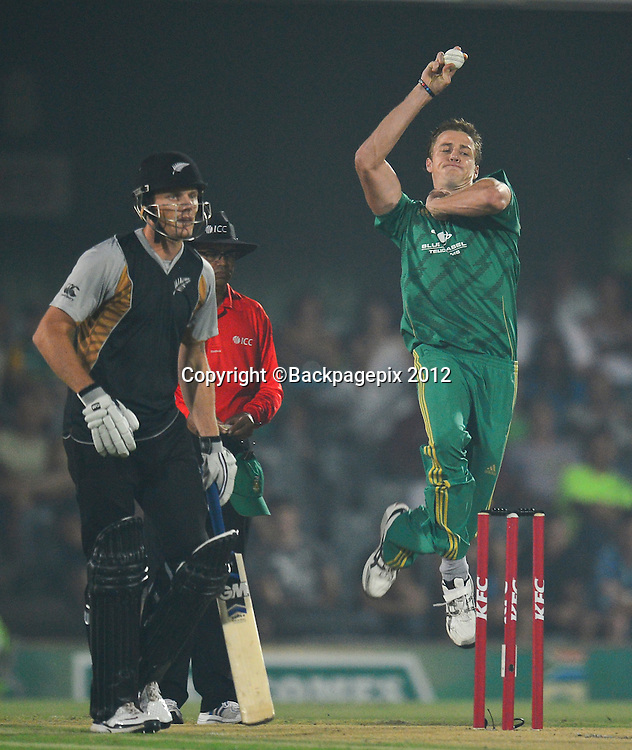 Morne Morkel of South Africa during the 2012 KFC T20 International between South Africa and New Zealand at Buffalo Park in East London, South Africa on December 23, 2012 ©Barry Aldworth/BackpagePix