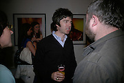 Noel Gallagher, Exhibition of photographs by NME photographer Lawrence Watson. Studio 2. Redchurch St. London. 26 April 2007.  -DO NOT ARCHIVE-© Copyright Photograph by Dafydd Jones. 248 Clapham Rd. London SW9 0PZ. Tel 0207 820 0771. www.dafjones.com.