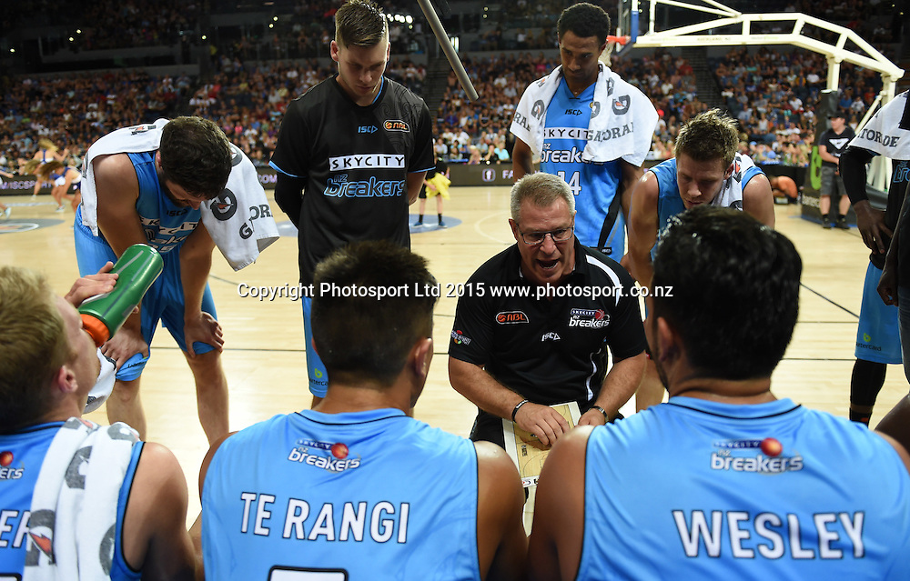 Coach Dean Vickerman during the SkyCity Breakers v Melbourne United match. 2014/15 ANBL Basketball Season. Vector Arena, Auckland, New Zealand. Sunday 18 January 2015. Copyright Photo: Andrew Cornaga / www.photosport.co.nz