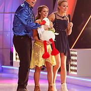 "NLD/Hilversum/20130112 - 4e Liveshow Sterren Dansen op het IJs 2013, Tony ""Sterretje"" Wyczynskien schaatspartner Alexandra Murphy"