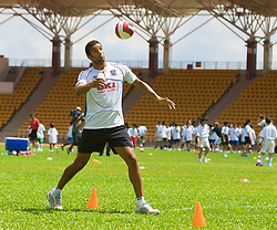 Hong Kong, China - Wednesday, July 25, 2007: Portsmouth's goalkeeper David James during a coaching session with local children at the Siu Sai Wan Sports Ground in Hong Kong. (Photo by David Rawcliffe/Propaganda)