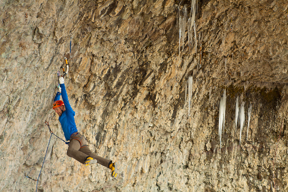 Gord McArthur making it look easy on Zero to Hero, ~D12, Hall of Justice, Ouray, Colorado